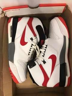 nike air revolution basketball nba Jordan US10