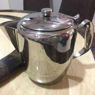 (As New) Stainless Steel Teapot