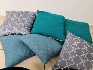 Cushion URGENT SALE