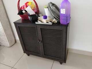 Shoe Cabinet URGENT