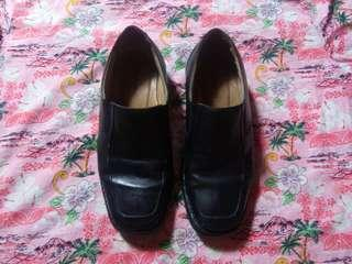 hush puppies loafers size.42