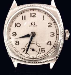 30/40年代 瑞士名錶 古董亞米加Cal 26.5 軍錶型機械上鍊腕錶Rare Vintage Military Style Omega manual wind wristwatch :  Omega Dial and Cushion Shape Case 亞米加操兵字面細三針運行,原廠亞米加錶殼直徑31mm Case Diameter ,運作中working condition