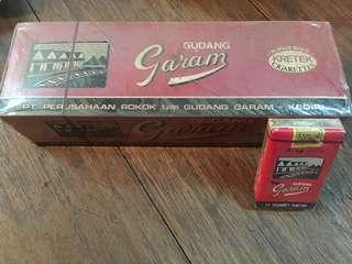 Gudang Garam old ciggarate packet's