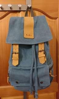 帆布後背包(附送襯衫~)