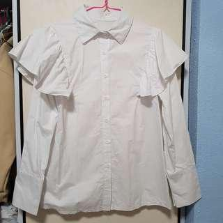 🚚 Over the top ruffles White top #single11