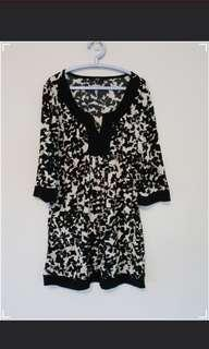 Marks and Spencer Loose Tunic Top (UK12)