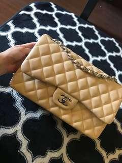 Chanel jumbo beige lambskin with shw