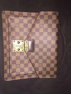 Louis vuitton damier caissa clutch bag