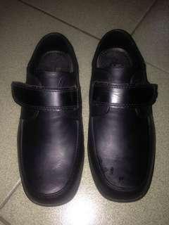 EasySoft School Shoes