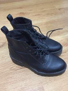 Preloved H&M Military Platform Boots