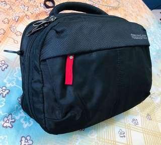 American Tourister Boarding Bag
