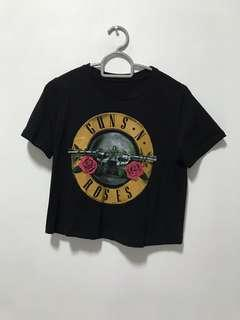 BN fins and roses crop tee