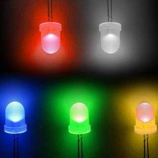 300 Pcs LED Diodes 3, 5 mm Box Set 300個LED發光二極管3,5毫米套裝