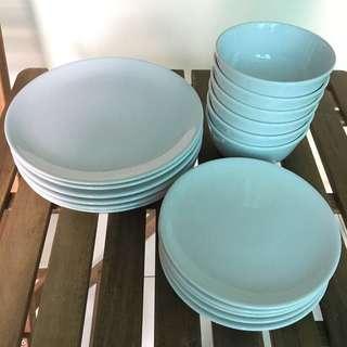 #bundlesforyou Ikea plates and bowls (17 pcs)