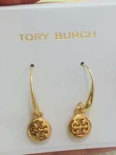 Tory Burch Earrings 金色吊字耳環
