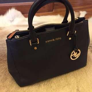 Authentic! Michael Kors Sutton Black Bag