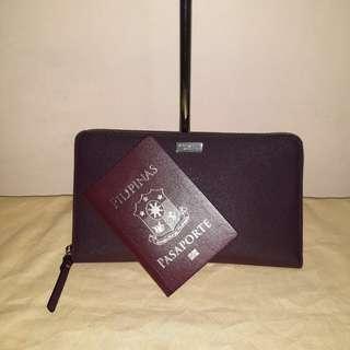 Authentic Kate Spade Talla big wallet in mahogany