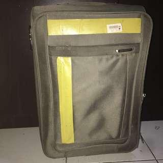 Urban Medium Luggage
