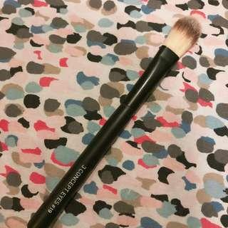 3CE Flat Foundation Brush
