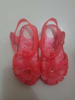 Mini Melissa Zaxy Like New s10 runs small 16.5cm toddlers kids sandals shoes kikay ootd slippers fashion jelly