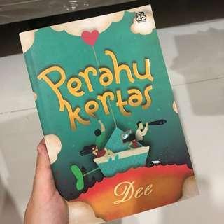 (Autographed by Dee) Perahu Kertas by Dewi Lestari