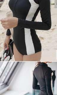 1piece swimsuit