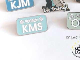 Xiumin Fansite Pin Badge