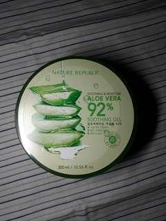 Nature republic aloevera soothing gel