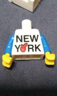 Lego minifig body torso - new york print - rare