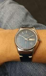 罕有SEIKO KING Quartz , 非常靚仔籃間錶面, 已換新電, 全原裝@@@抵玩價