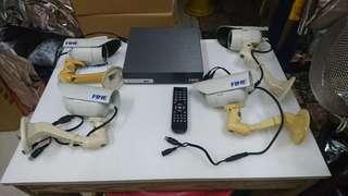 🚚 四鏡頭一主機完整錄影設備。