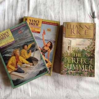 BOOK BUNDLE (pocket books)