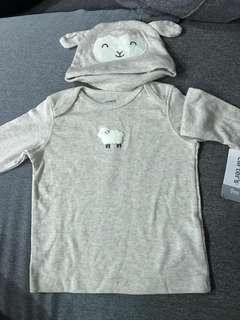 Carters set with hat 9m