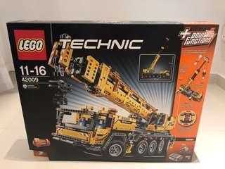 LEGO 42009 TECHNIC MOBILE CRANE MK II - Retired set