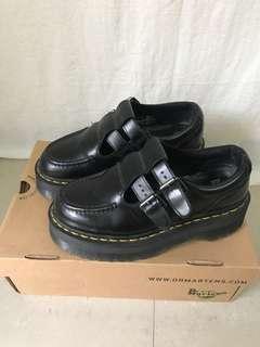 二手正品 Dr.Martens 馬汀鞋 購於台北新光三越