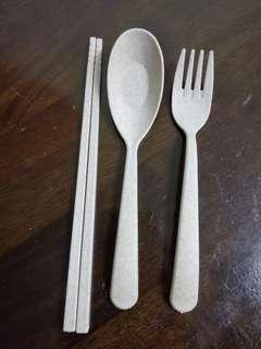 Wheat straw eco friendly cutlery