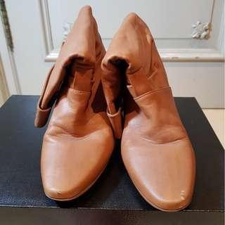 Sepatu Wanita High Top Kulit / Leather Import