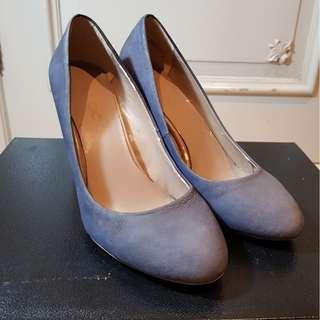 Sepatu Wanita Suede Heels Import