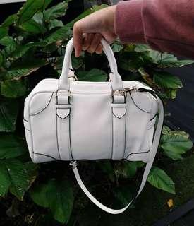 Zara trafaluc handbag #DEC30