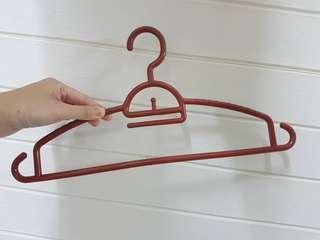 Plastic Hangers x 10pcs