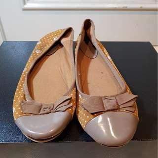 Sepatu Santai Wanita Import Vincci