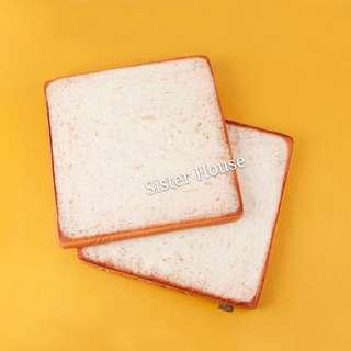 🇰🇷Daiso Korea Bread & Cafe Sitting Cushion 大創韓國麵包座墊咕