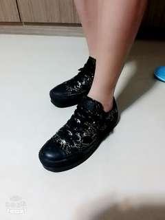 女生Converse板鞋