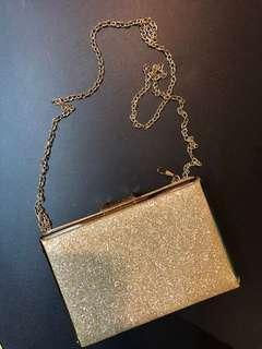 Formal Gold Glitter Bag w Chain strap