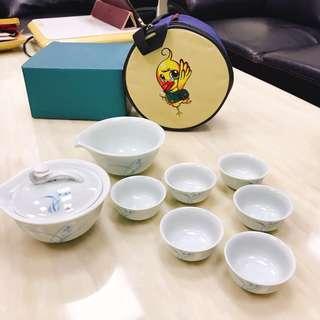 🚚 水墨蘭花旅行組茶具(附收納包)