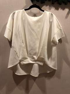 Front-tock pleat blouse, FS