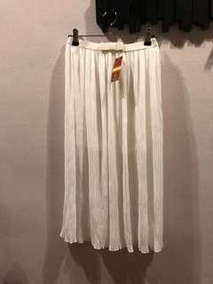 White Pleated Skirt, day to Night, BNEW