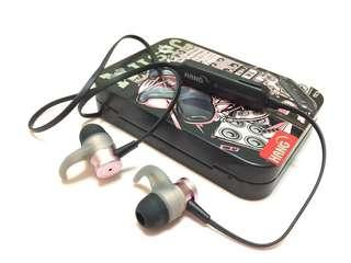 🚚 磁吸藍芽耳機(立體聲)magnetic bluetooth headset (stereo)