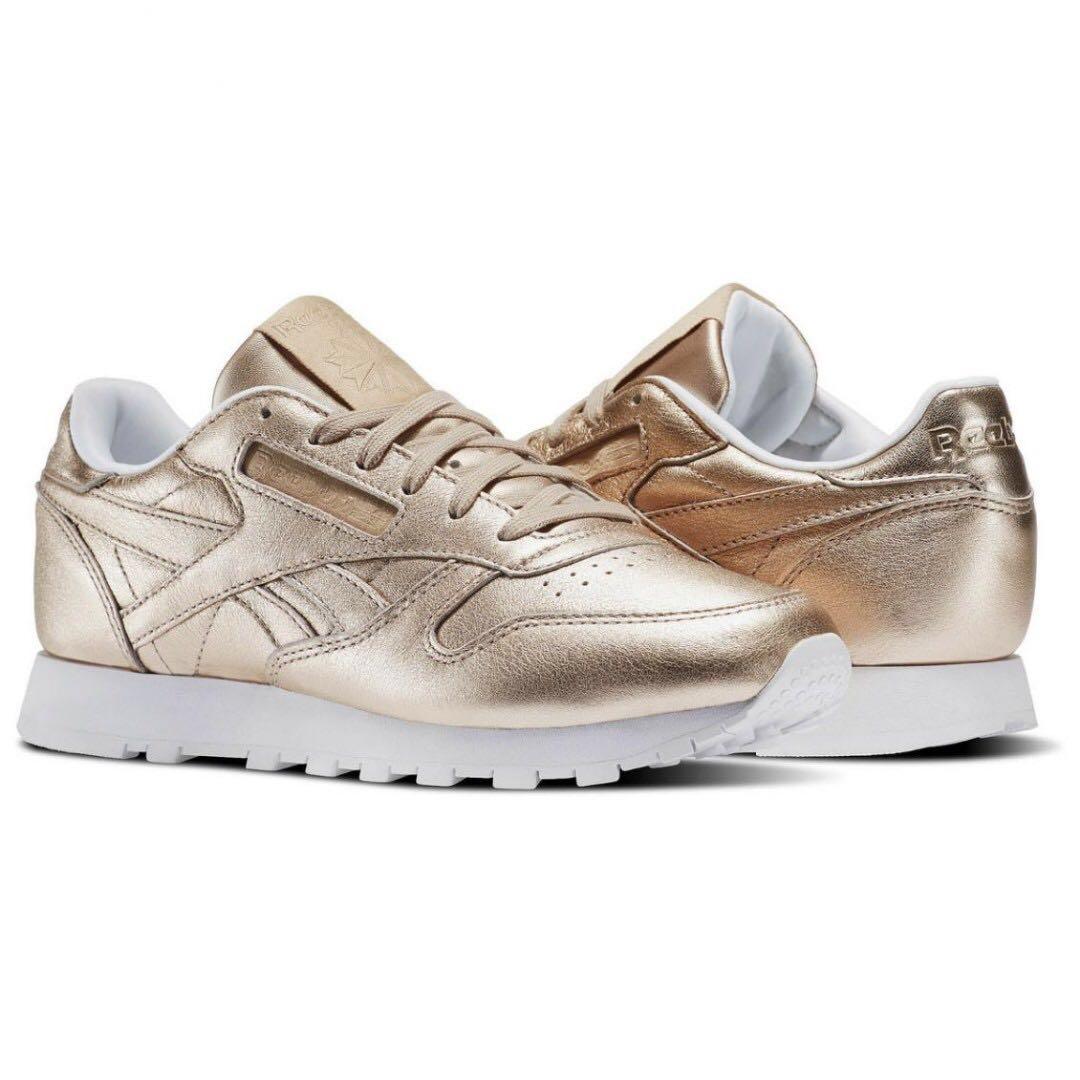 2d27f67482dcc BNIB REEBOK Classic Leather in Silver Gold