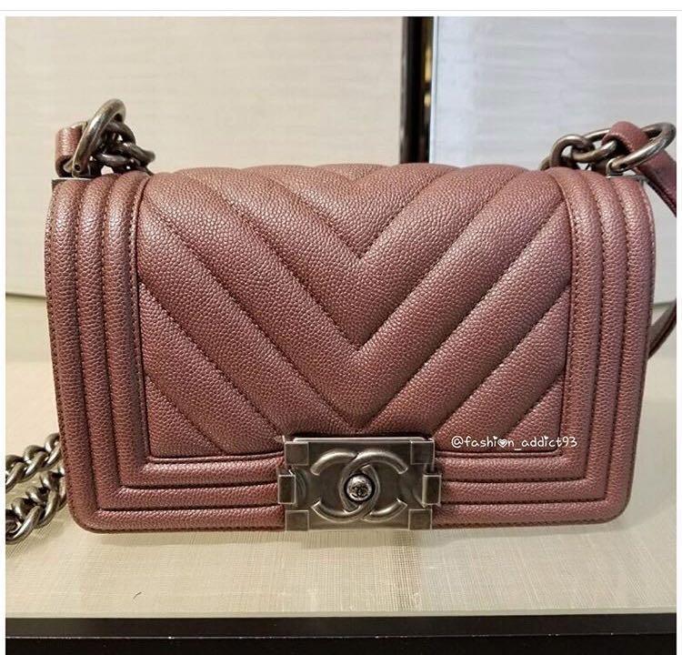 a88821b830f4 Chanel 18A dark pink maeve caviar chevron boy old medium